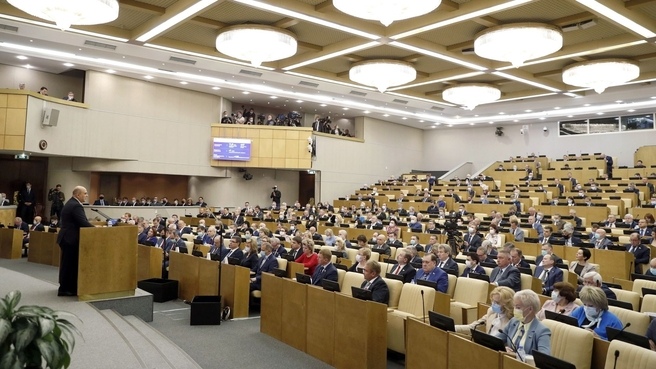 Глава Правительства России отметил положительную динамику в российском сельхозмашиностроении