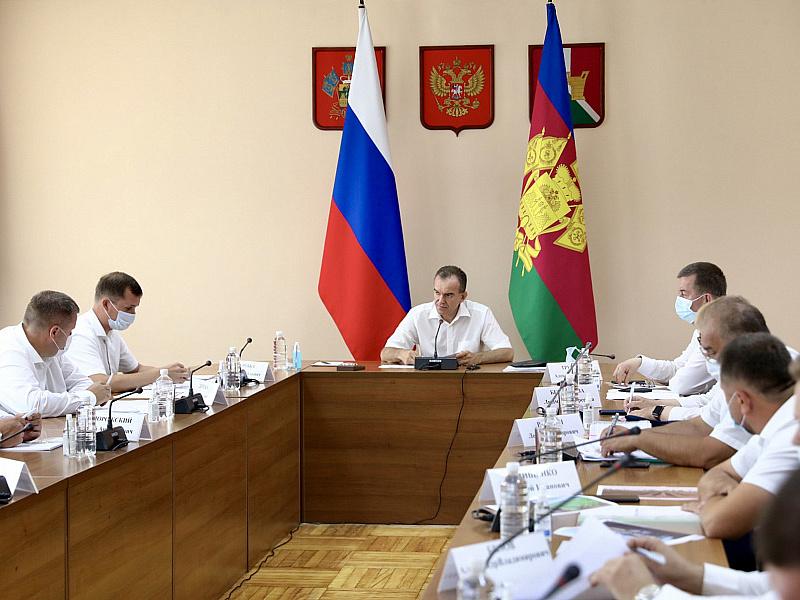 Вениамин Кондратьев: До 22 июля работы по сбору урожая должны быть завершены