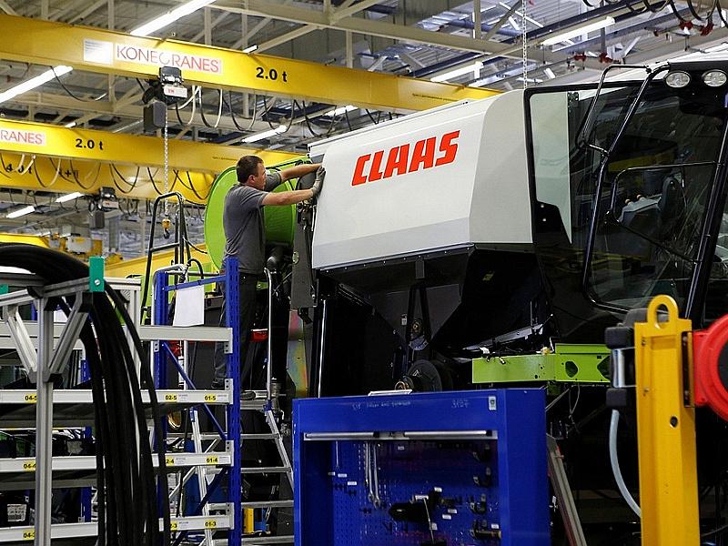 Производство зерноуборочных комбайнов на Кубани выросло более чем на 50 %